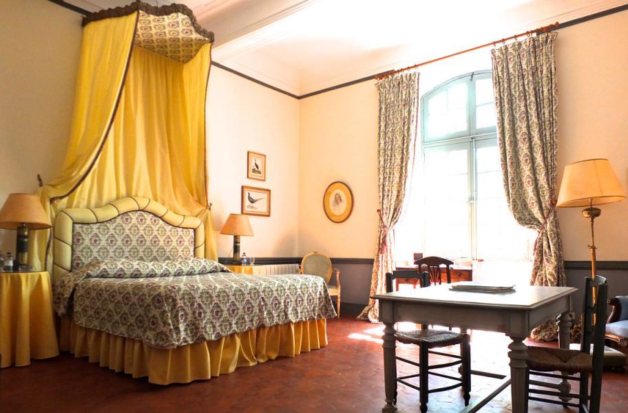 Bedroom Jaune