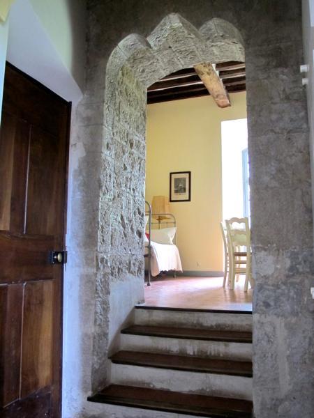 Medieval Bedroom Medieval Flat Chacteau Desparron